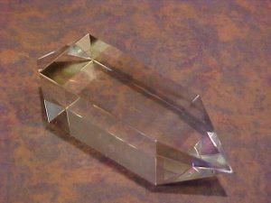 Bild zeigt einen Vogel Cut Kristall geschliffen