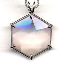 Bild zeigt einen Kristall